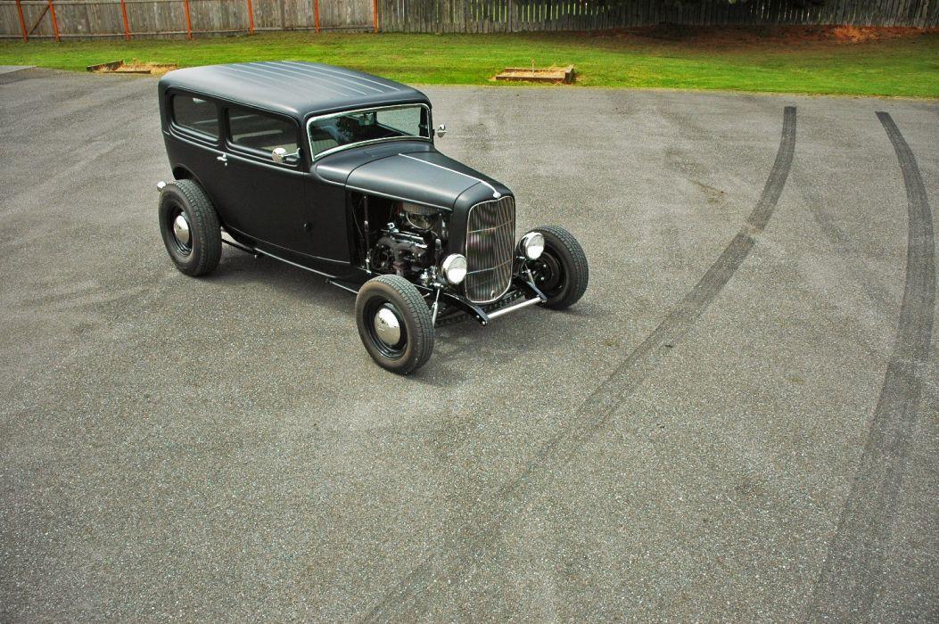 1932 Ford Tudor Sedan 2 Door Hotrod Hot Rod Old School USA 1500x1000-04 wallpaper