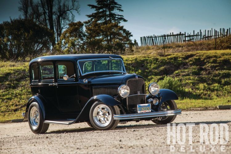 1932 Ford Tudor Sedan 4 Door Hotrod Hot Rod Streetrod Street USA 1600x1200-04 wallpaper
