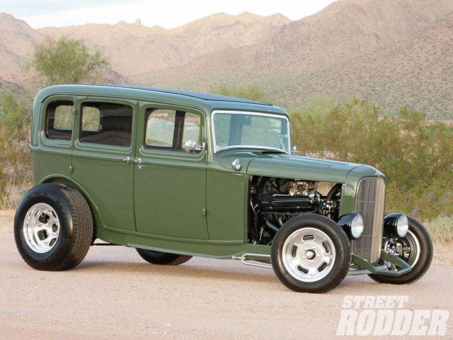 1932 Ford Tudor Sedan 4 Door Hotrod Hot Rod Streetrod Street USA 1600x1200-09 wallpaper