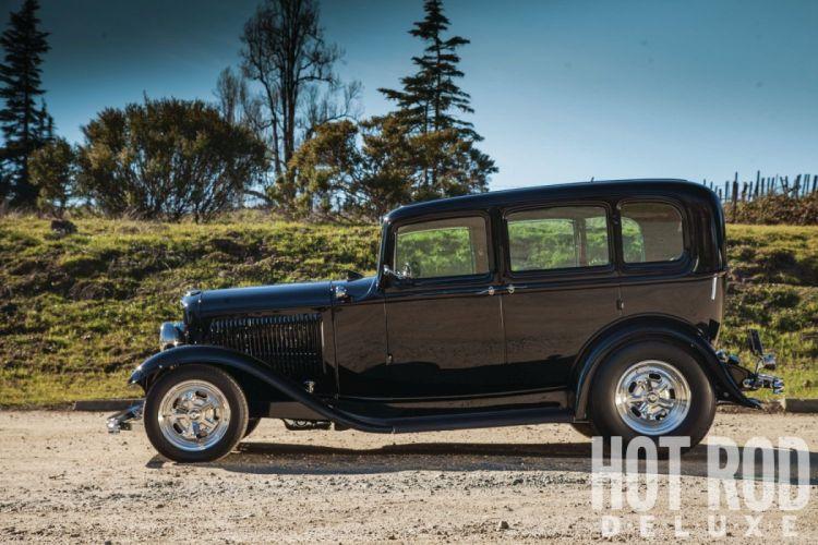 1932 Ford Tudor Sedan 4 Door Hotrod Hot Rod Streetrod Street USA 1600x1200-06 wallpaper