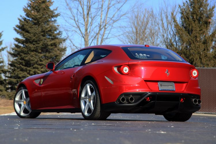 2012 Ferrari FF Super Car Italy 1920x1280-01 wallpaper
