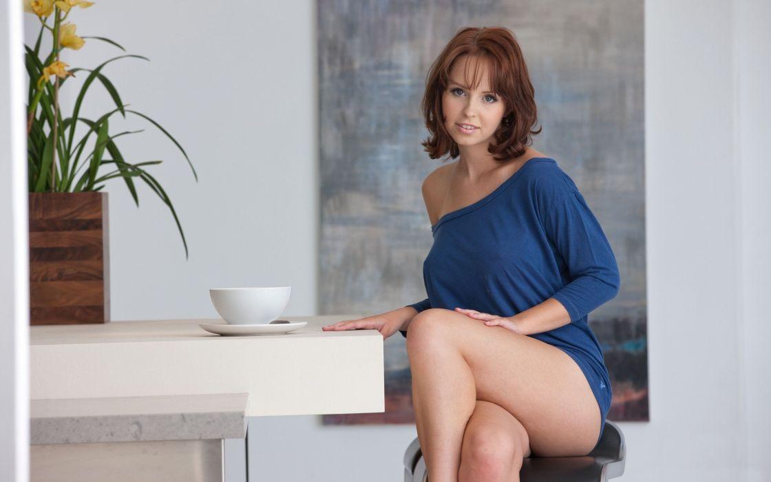 SENSUALITY - girl redheads table shoulder crossed legs wallpaper