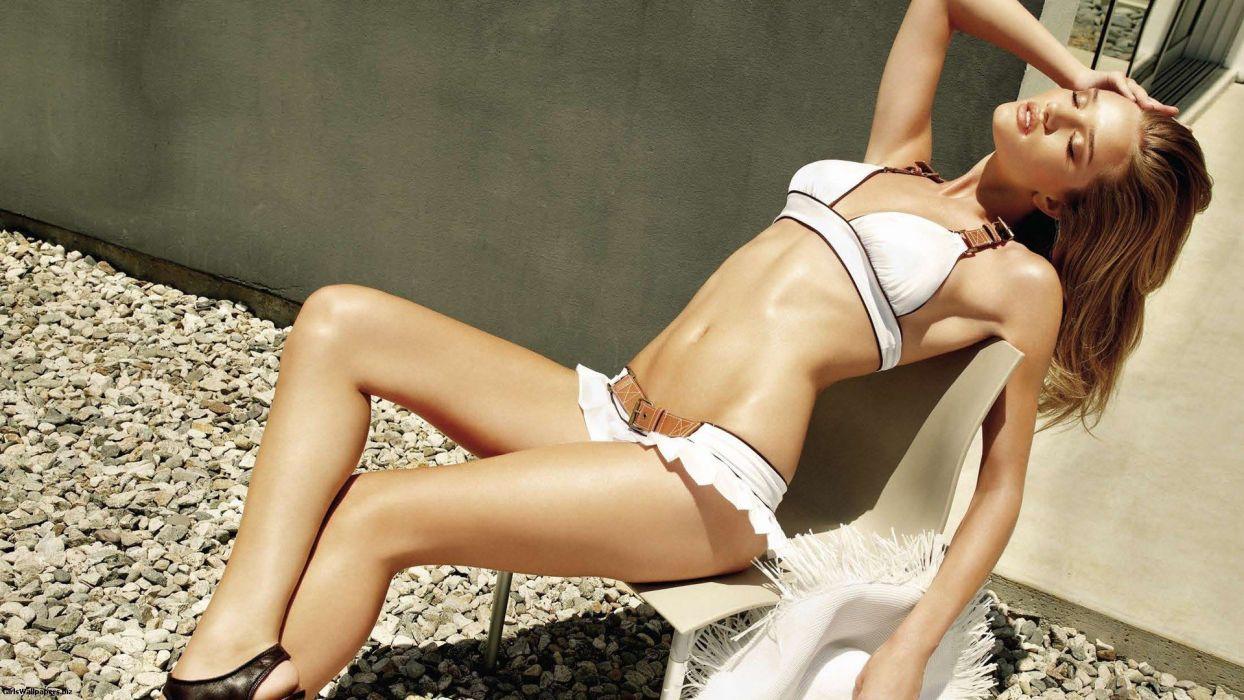SENSUALITY - Rosie Huntingtonwhiteley girl brunettes legs models bellies wallpaper