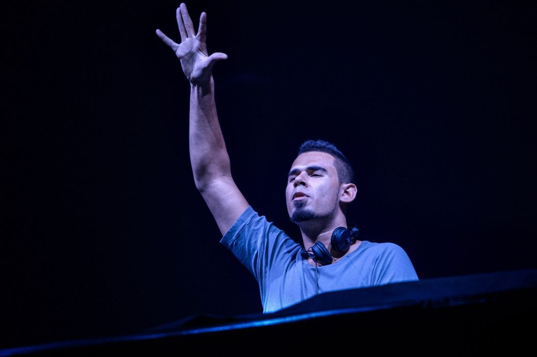 AFROJACK dutch house progressive hip electro electronic 1afro disc jockey d-j concert wallpaper