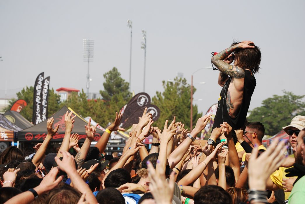 BLESSTHEFALL metalcore screamo hardcore concert singer wallpaper