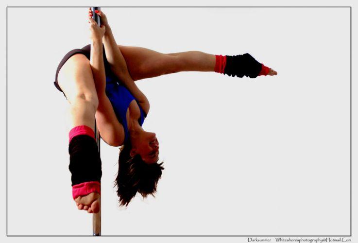 SPORTS - pole dancing girl brunette pose wallpaper