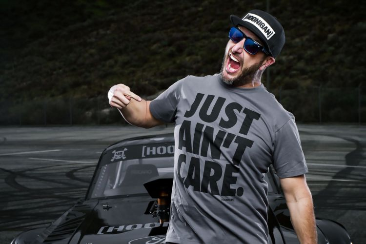racer men man cars races mood shout sunglasses hat Confidence strength stoicism bravery wallpaper