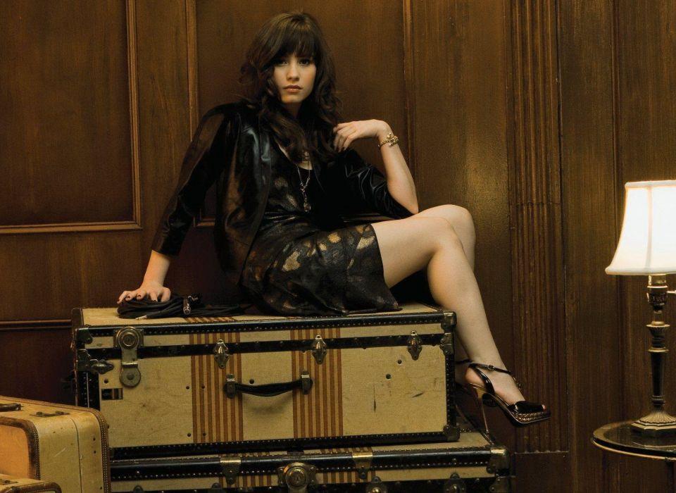 Dem Lovato girl brunette legs suitcases wallpaper