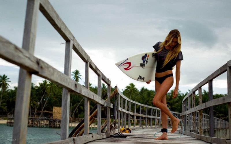 SPORTS - Alana Blanchard girl blonde surfer wallpaper