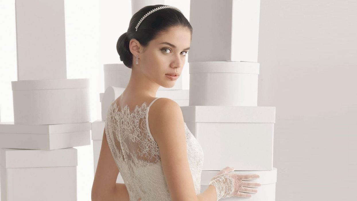 Gorgeous bride Girls Woman Bride wallpaper