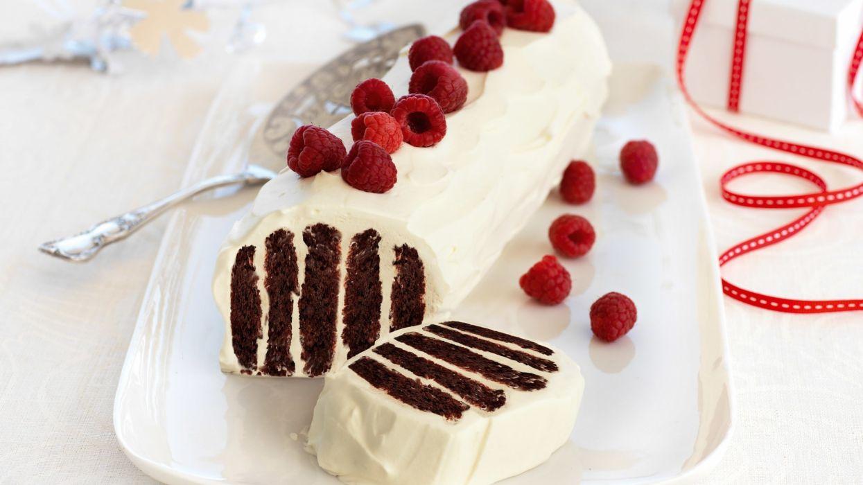 Cake Raspberry Cream wallpaper