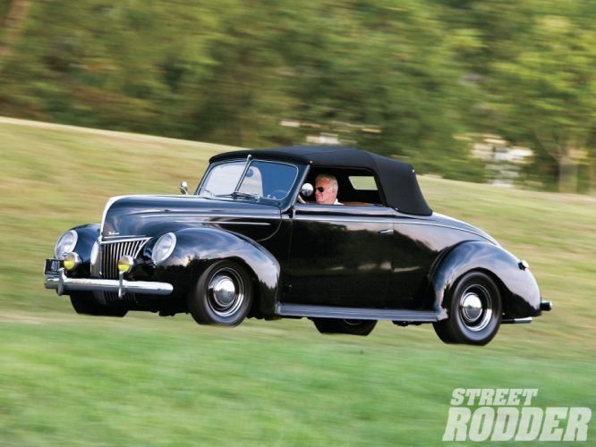 1939 Ford Deluxe Convertible Hotrod Hot Rod Custom Old School Black USA 1600x1200-01 wallpaper
