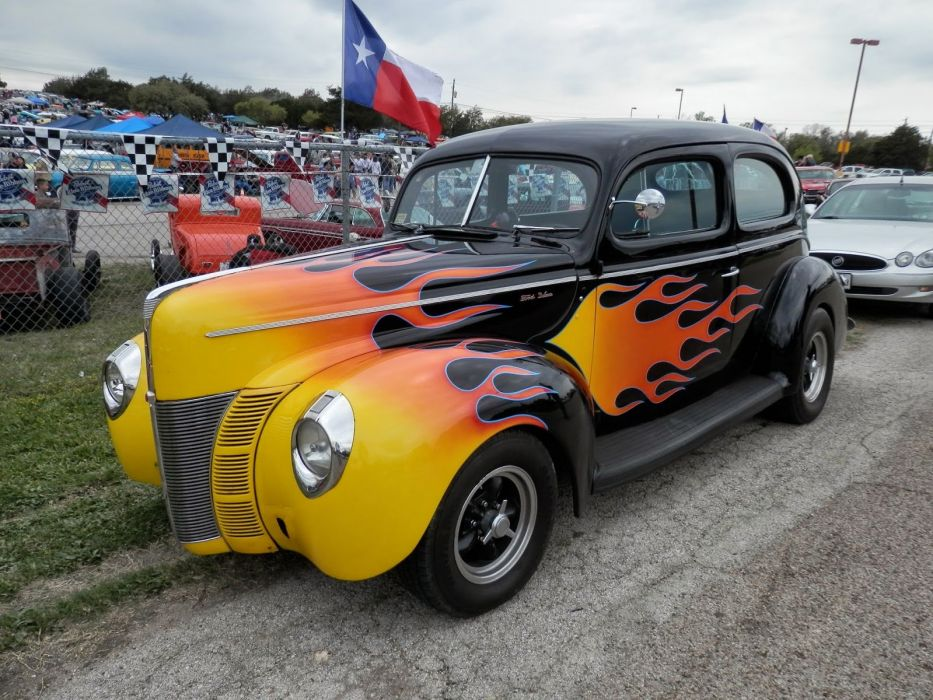 1940 Ford Deluxe Sedan Tudor 2 Door Flamed Hotrod Streetrod Hot Rod Street Black USA 1600x1200-01 wallpaper