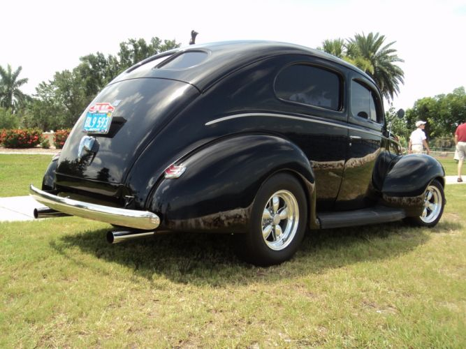 1940 Ford Tudor Deluxe Sedan Two Door Black Hotrod Streetrod Hot Rod Street USA 2592x1944-10 wallpaper