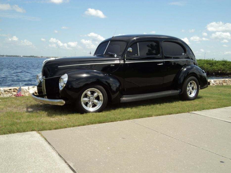 1940 Ford Tudor Deluxe Sedan Two Door Black Hotrod Streetrod Hot Rod Street USA 2592x1944-08 wallpaper