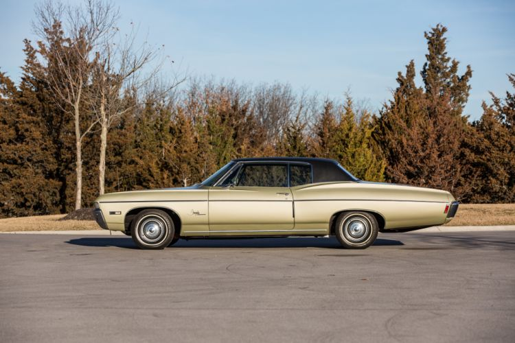 1968 Chevrolet Impala SS 327 Sedan Two Door Classic Old Original USA 5760x3840-05 wallpaper