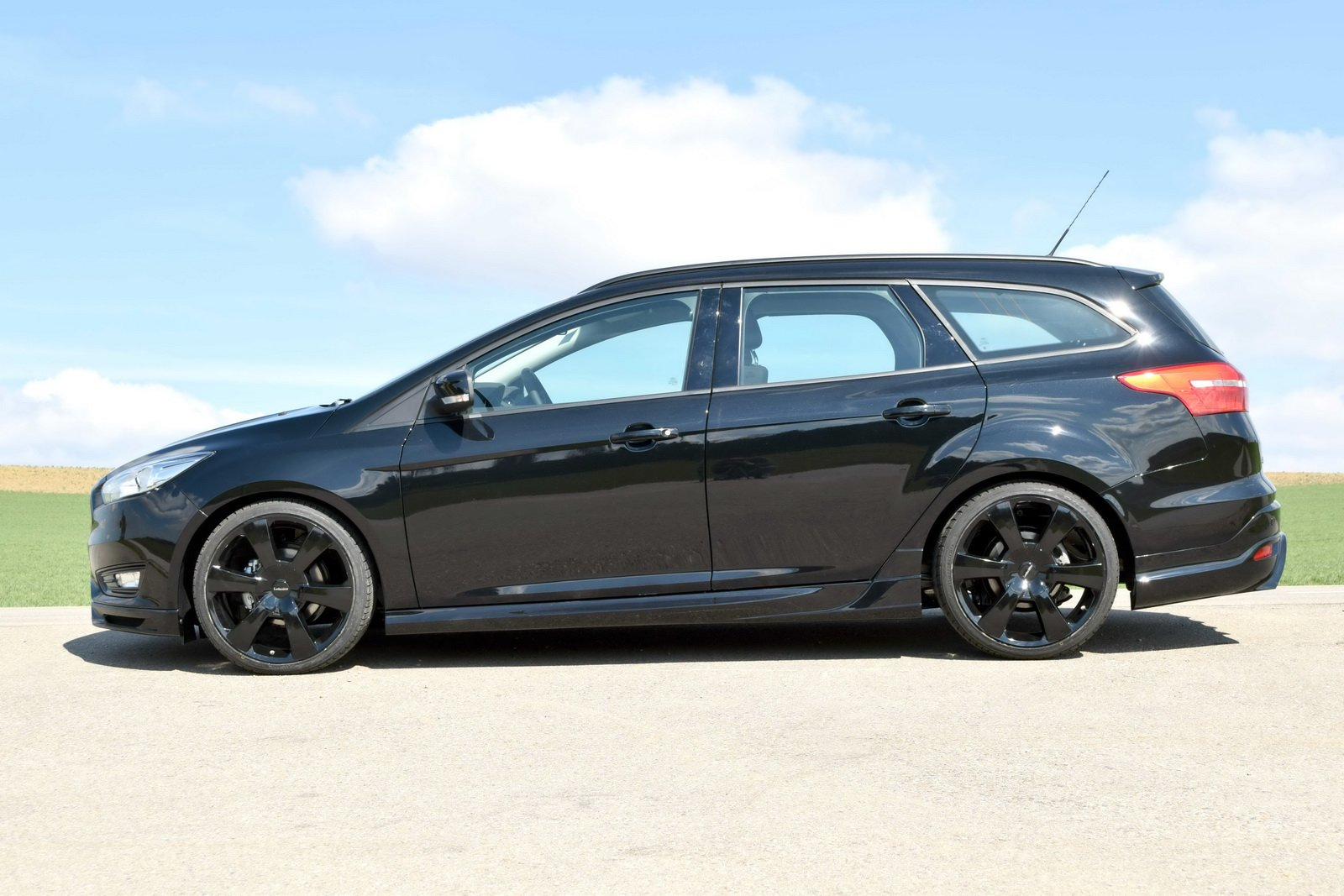 loder1899 ford focus wagon cars tuning wallpaper 1600x1067 673433 wallpaperup. Black Bedroom Furniture Sets. Home Design Ideas