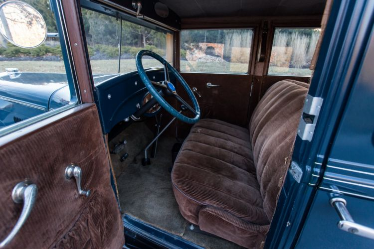 1929 Chevrolet Town Sedan Four Door Classic Old Vintage Original Retro USA 5760x3840-06 wallpaper
