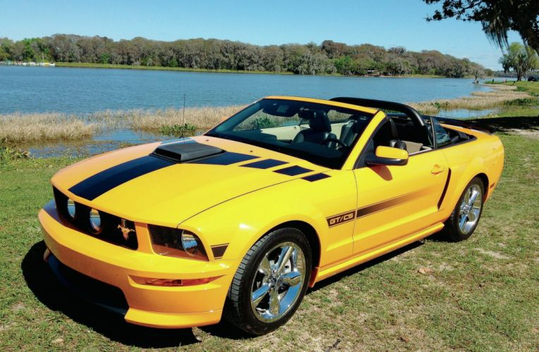 2007 Ford Mustang GT CS Convertible Muscle Super Car Street USA 2048x1340-01 wallpaper