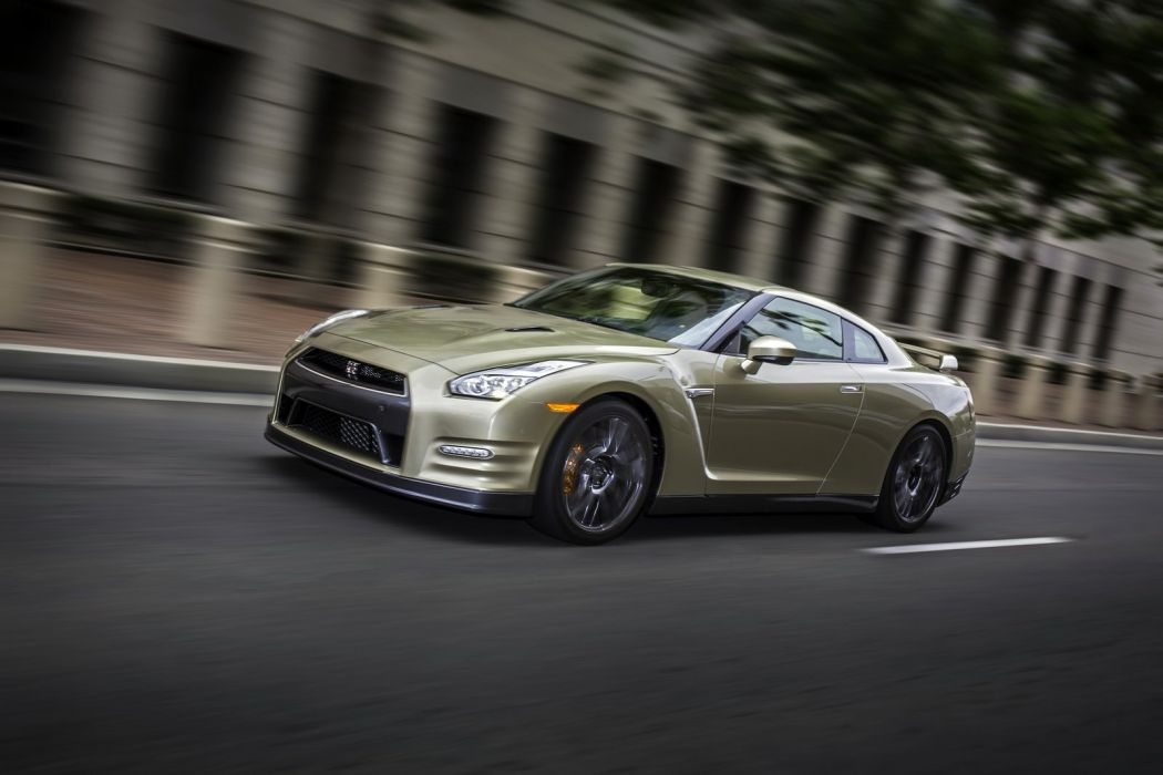 2016 Nissan GT-R 45th Anniversary Gold Edition cars wallpaper
