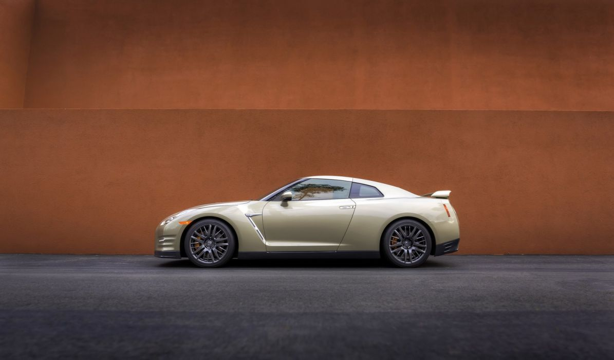 2016 Nissan Gt R 45th Anniversary Gold Edition Cars