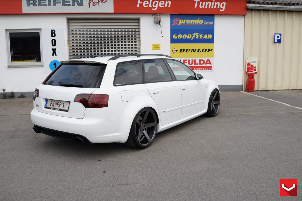 Audi RS4 wagon vossen wheels tuning cars wallpaper