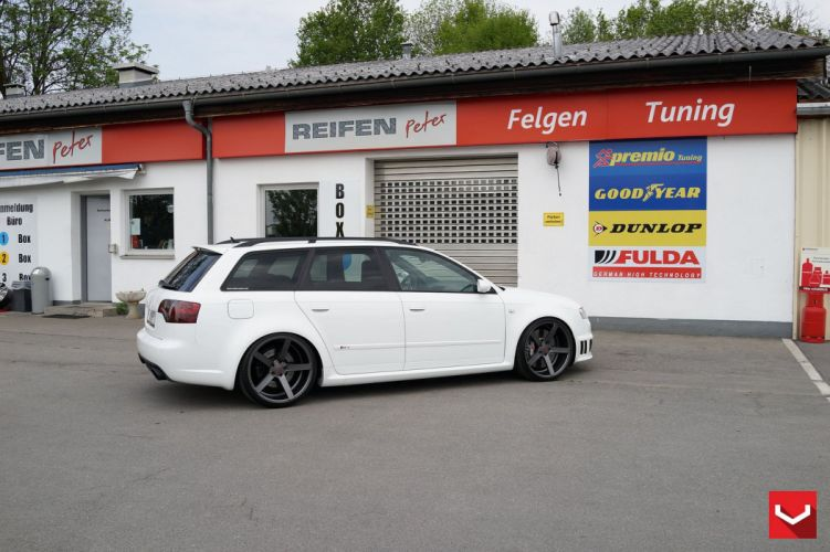 Audi RS4 wagon vossen wheels tuning cars wallpaper