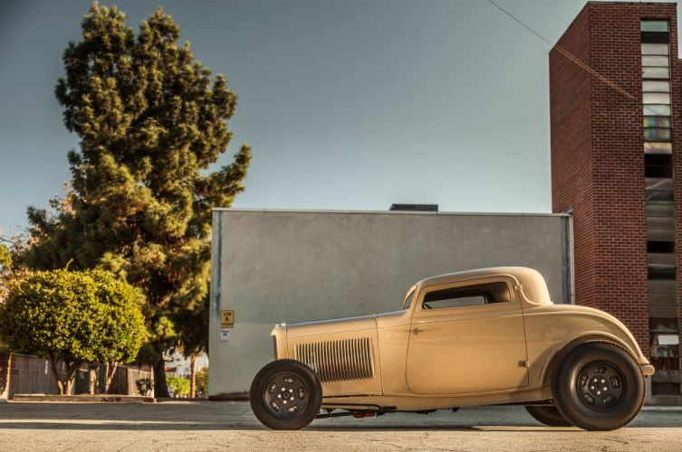 1932 Ford Deuce Coupe Three Window Hot Rod Hotrod Chopped Top USA 5616x3730-01 wallpaper