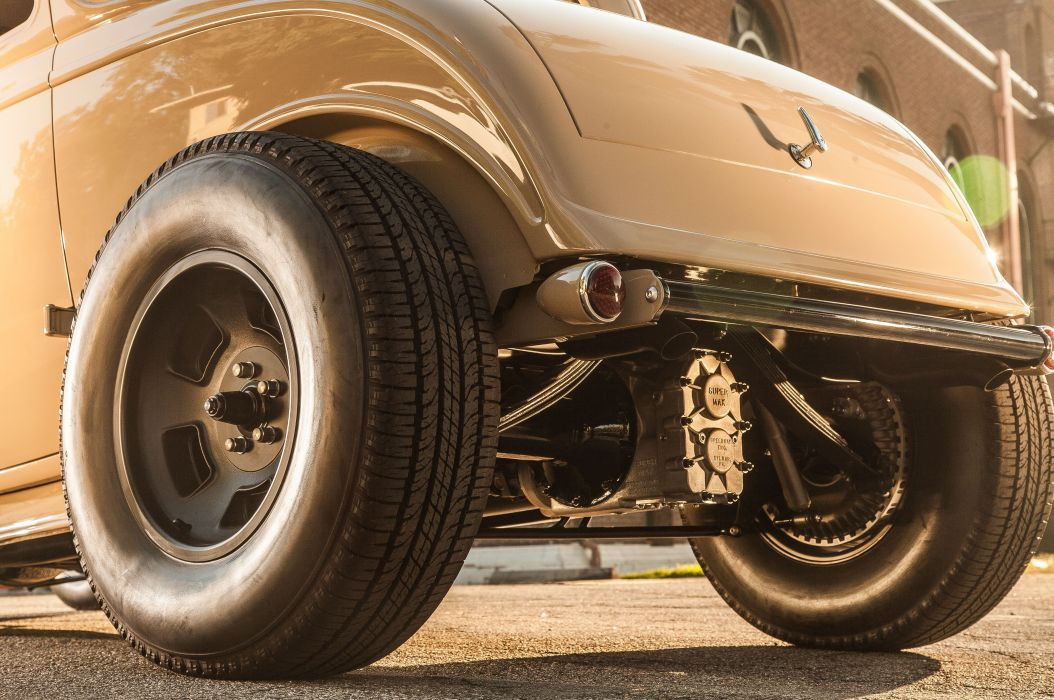 1932 Ford Deuce Coupe Three Window Hot Rod Hotrod Chopped Top USA 5616x3730-07 wallpaper