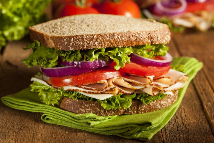 sandwich tomates lechugas cebolla carne wallpaper