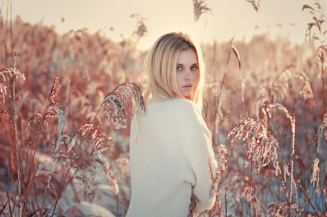 girl blonde beautiful model wallpaper