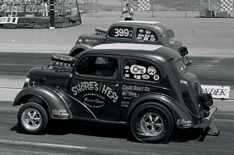Golden Age of Drag Racing Surfers Launch Action Vintage Race 1948 Anglia USA 2048x1350-04 wallpaper