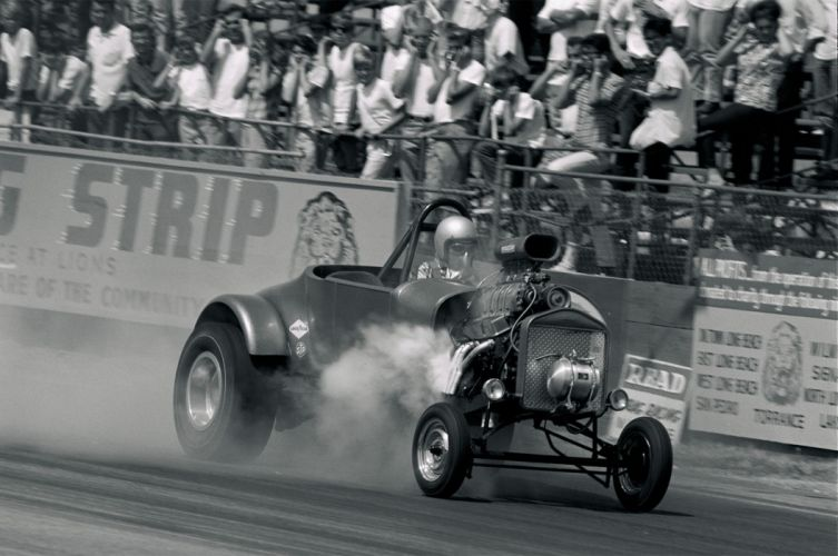 Golden Age of Drag Racing Surfers Launch Action Vintage Race USA 2048x1350-05 wallpaper