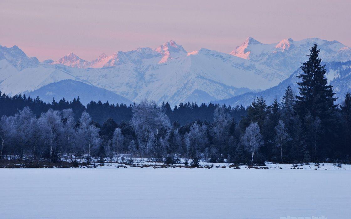 winter-white-snow-mountains-trees- wallpaper