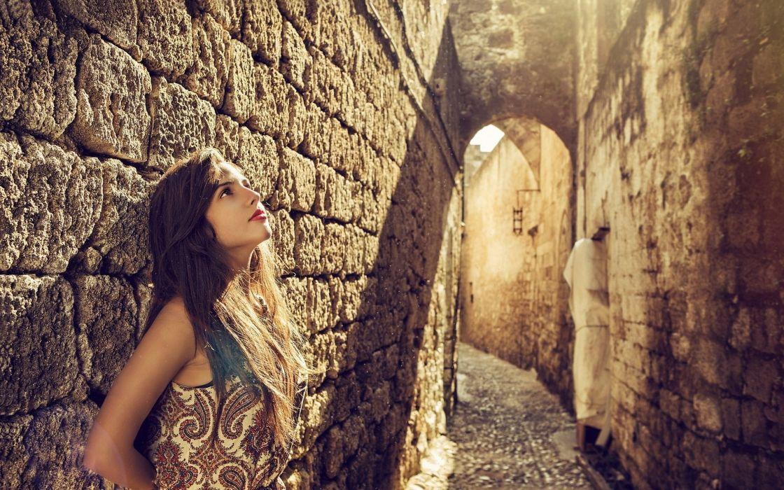 Beautiful-girl face wallpaper