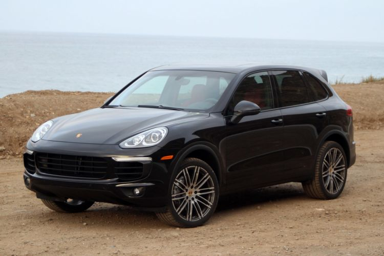 2015 Porsche Cayenne-S cars suv black wallpaper