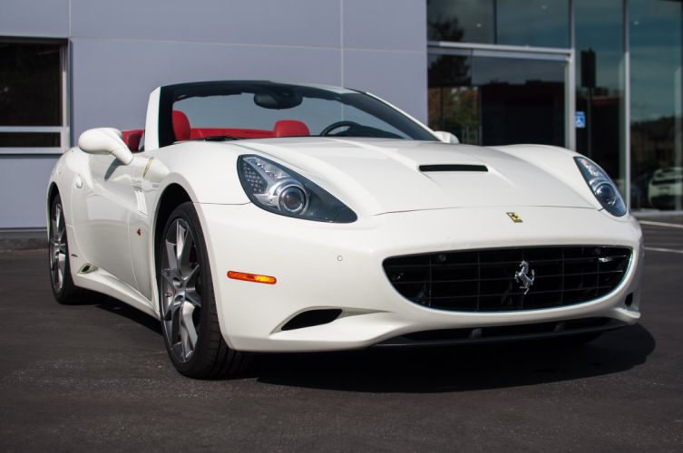 2010 Ferrari California convertible white wallpaper