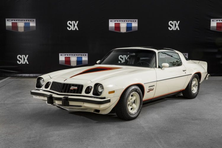 1977 Chevrolet Camaro Z28 T-Top coupe cars wallpaper