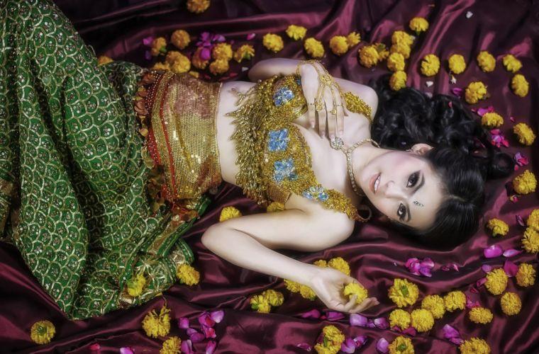 oriental asian girl girls woman women female g wallpaper