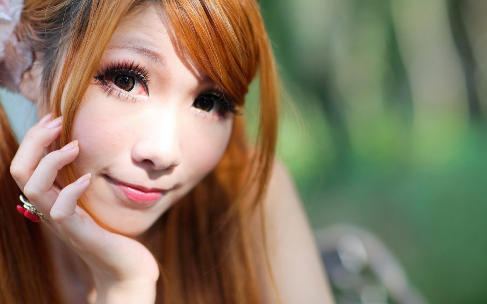 blonde-japanese-girls-femjoy-thin