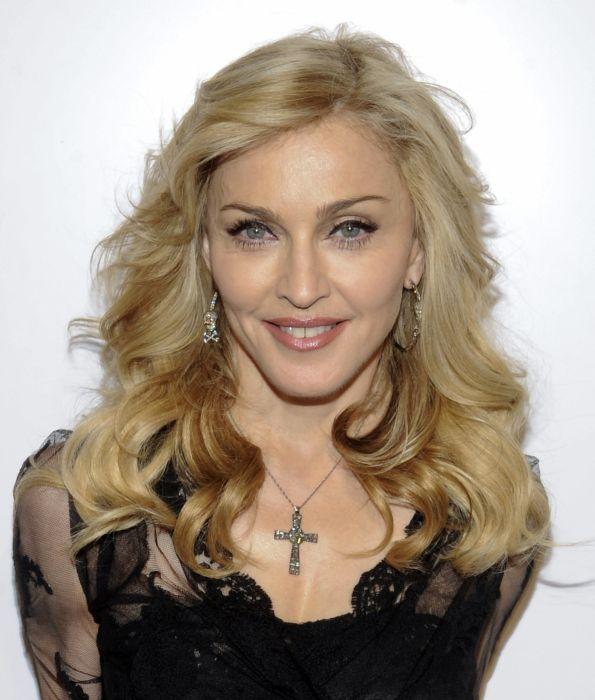 madonna cantante americana rubia wallpaper