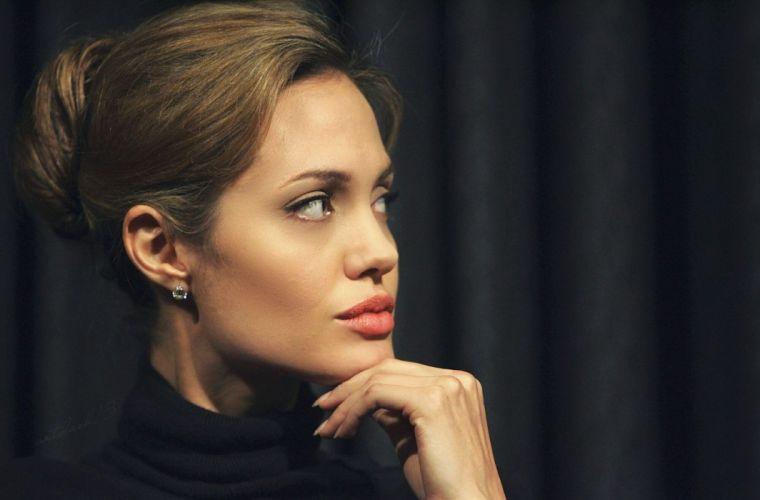 Angelina Jolie actresses beautiful wallpaper