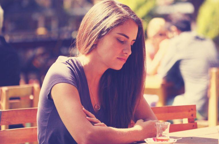women Asli Tandogan Turkish actress beautiful girl wallpaper