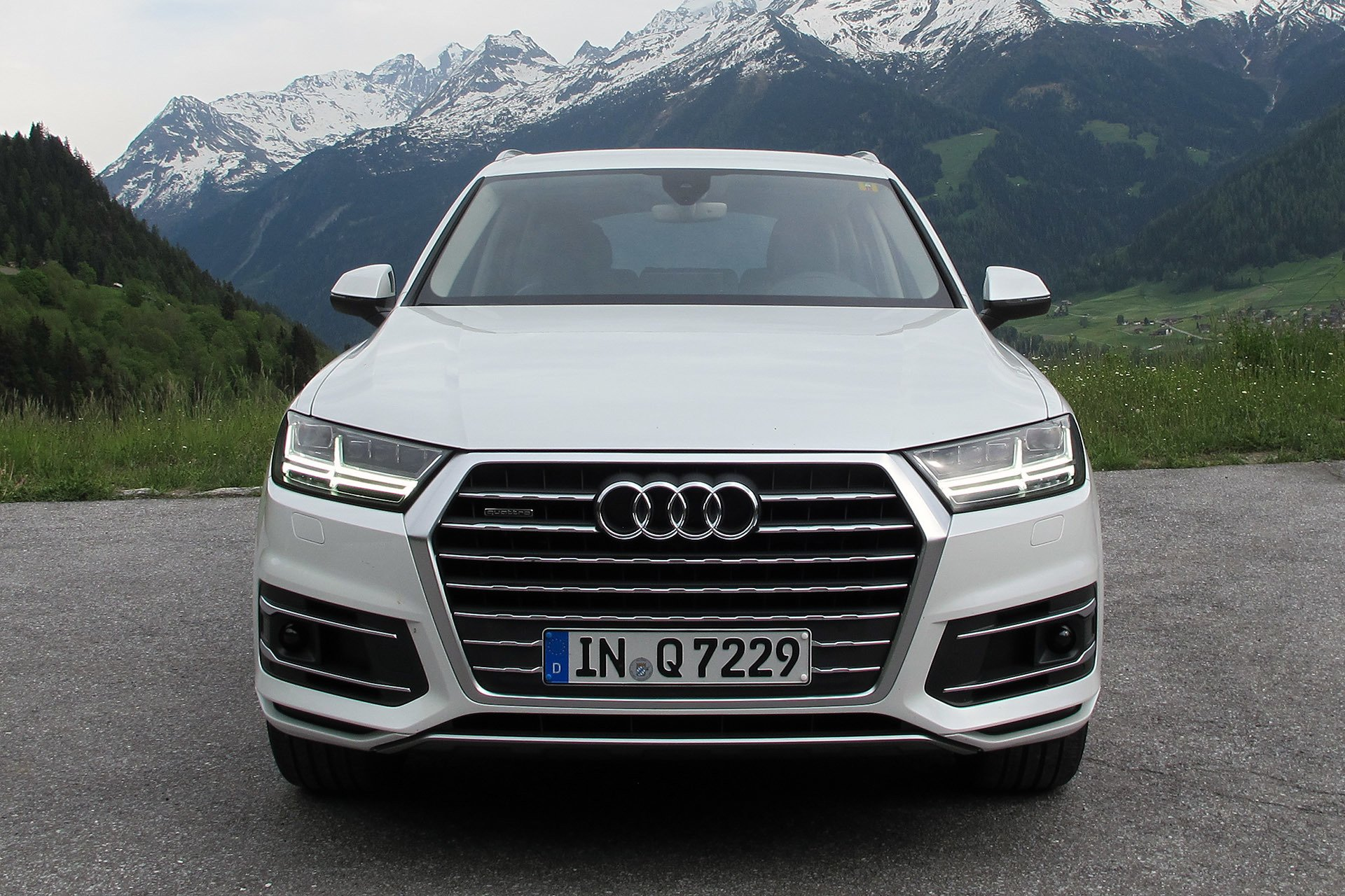 audi q7 2017 us wallpapers and hd images 2017 2018 best cars reviews. Black Bedroom Furniture Sets. Home Design Ideas