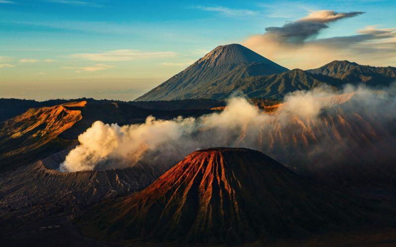 volcan montaA wallpaper