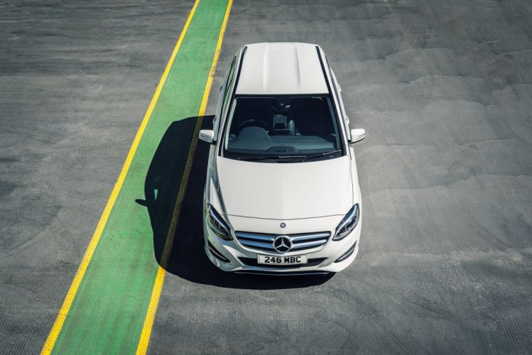 Mercedes Benz class-B 220 CDI 4MATIC Sport UK-spec W242 2014 cars white wallpaper