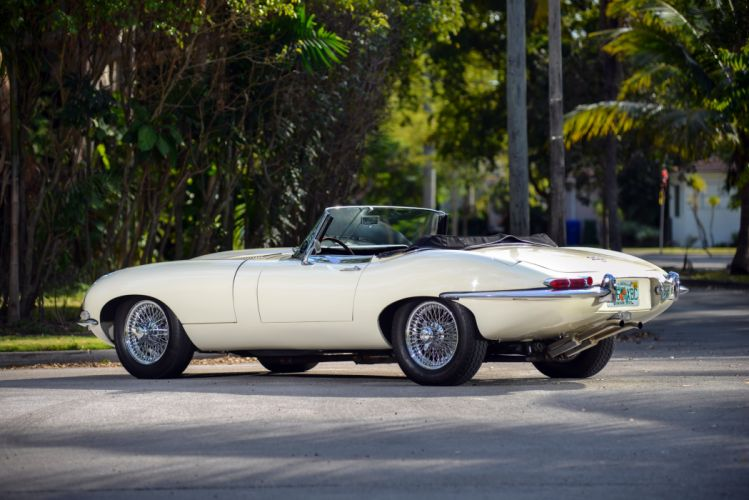 Jaguar E-Type Open Two Seater Series-I 1967 classic cars wallpaper
