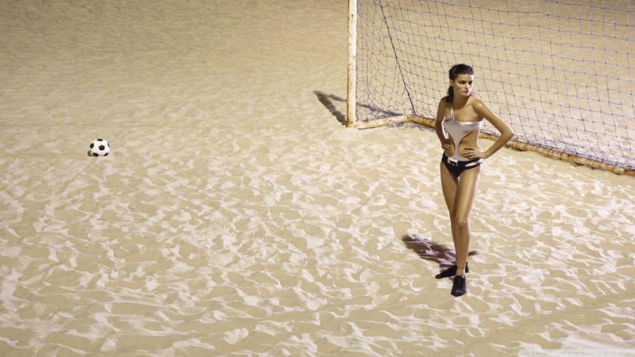 SPORTS - women girls Women's Football players ball sand wallpaper