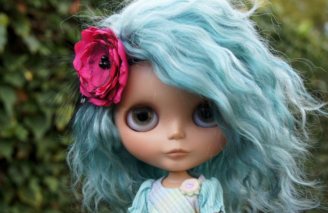 doll toy flower hair blue wallpaper