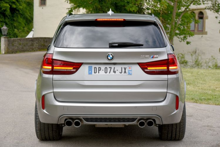 BMW X5-M F15 2015 suv cars wallpaper